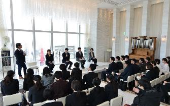 東大阪市の優良企業10社が参加する合同企業説明会「カフェトーーーク」